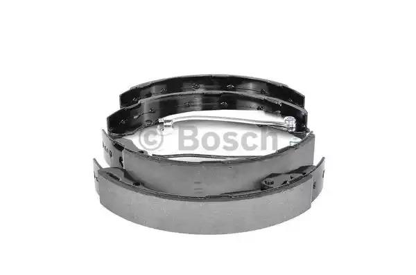 Комлект тормозных накладок BOSCH 0 986 487 555 (BS805)