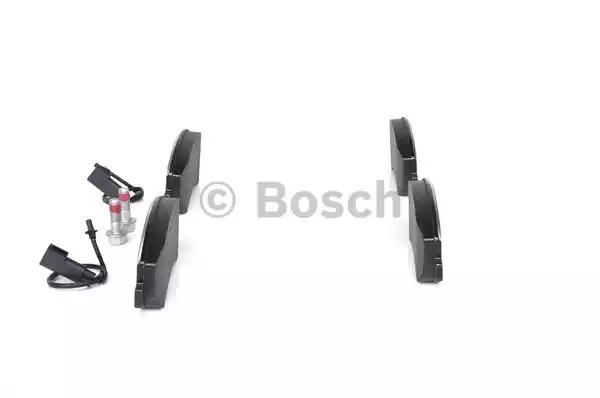 Комплект тормозных колодок BOSCH 0 986 494 170 (BP1081, D1555, E9 90R-02A1092/2206, 24484)